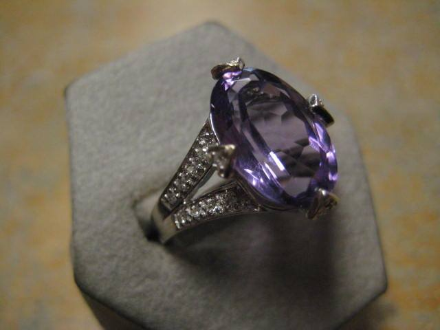 purple-and-diamond-split-shank